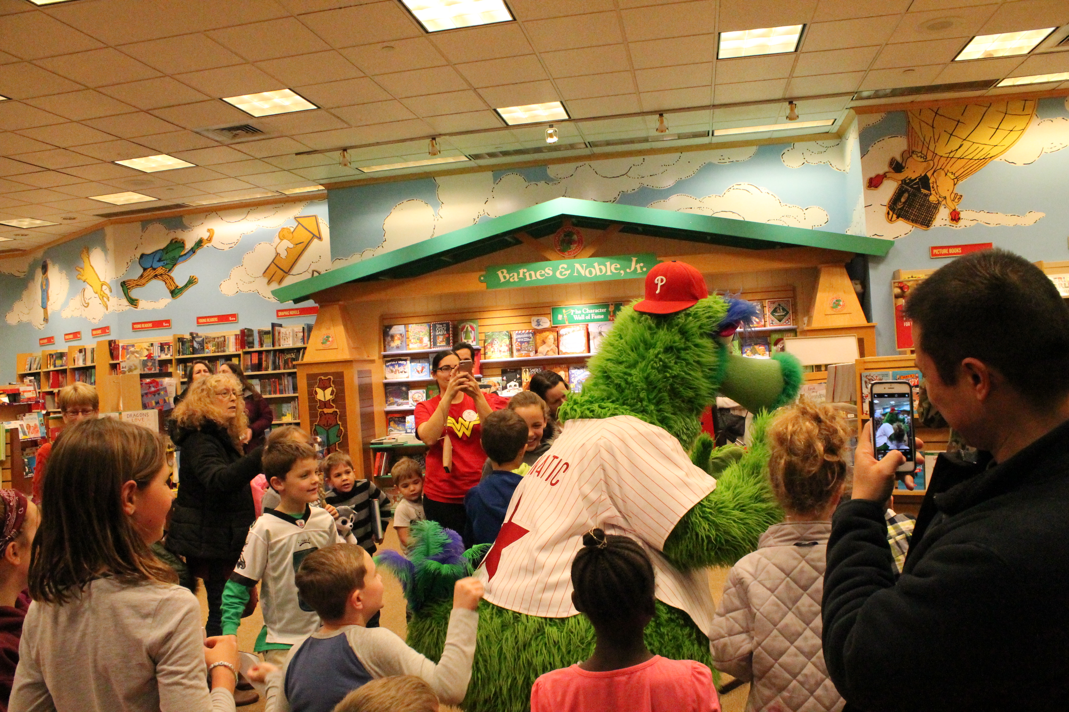 Barnes And Noble Summer Reading 2020.Highland Elementary School Barnes And Noble Night Highland