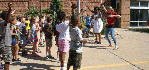 """Overlook Elementary School Surprises Principal with Flash Dance – """"We Are Family"""" – on Her Last Day as Principal"""