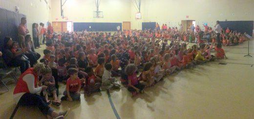 "Roslyn Elementary School Celebrates ""Unity Day"""