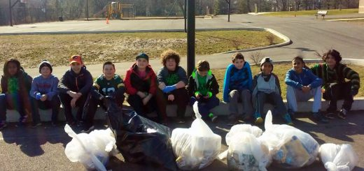Copper Beech Students Help Clean Up for Day of Service