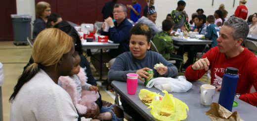 "Overlook Elementary School Tells Students and Families: ""Let's Do Lunch!"""